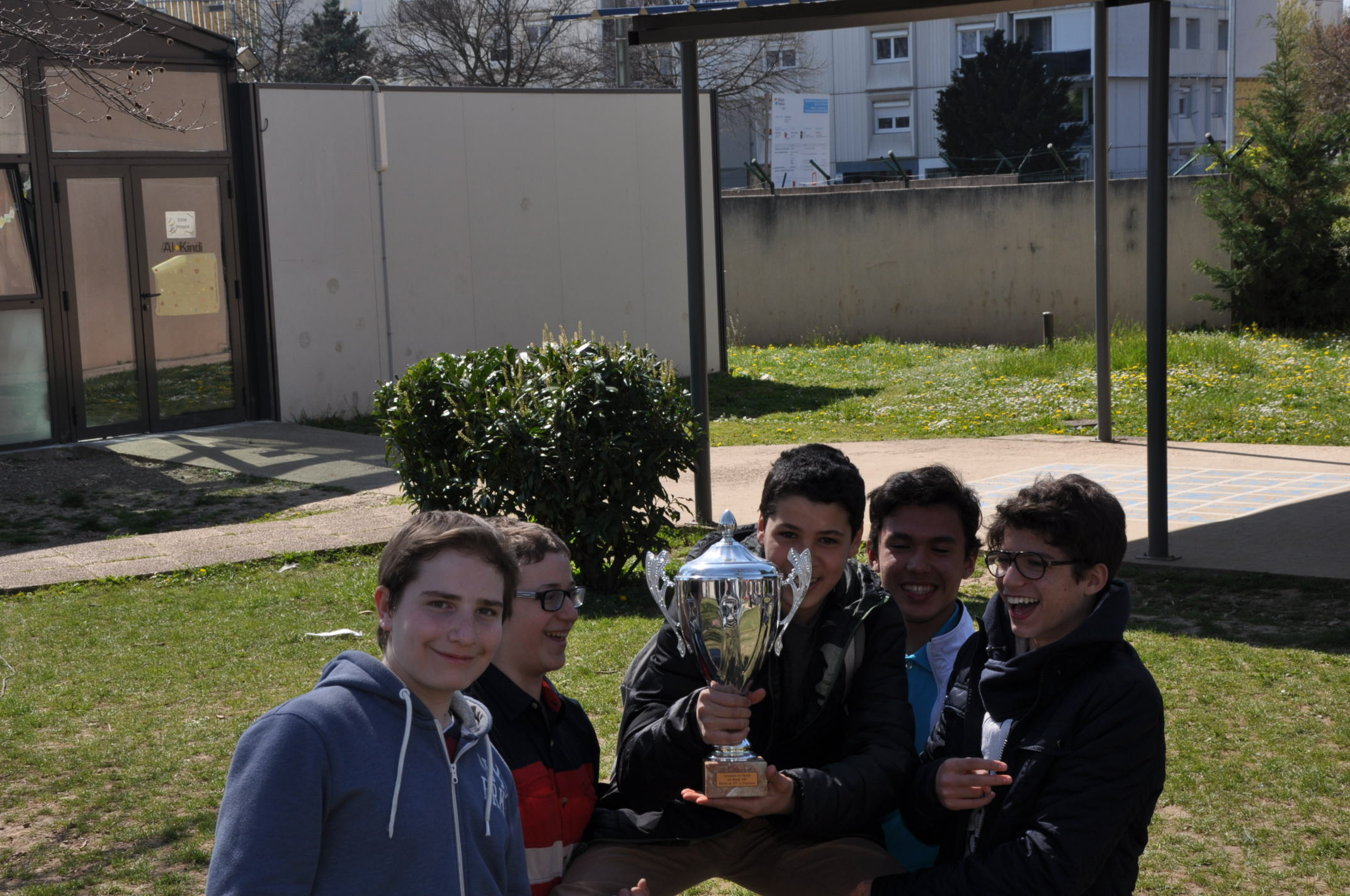 LA classe de 3ème A  remporte la 1ère session du concours- Mars 2015