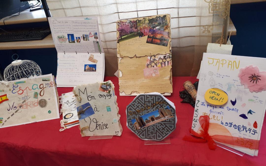 Exposition des carnets de voyage imaginaire-Club CDI